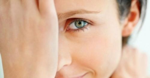 Что такое гусиные лапки под глазами. Как убрать гусиные лапки вокруг глаз
